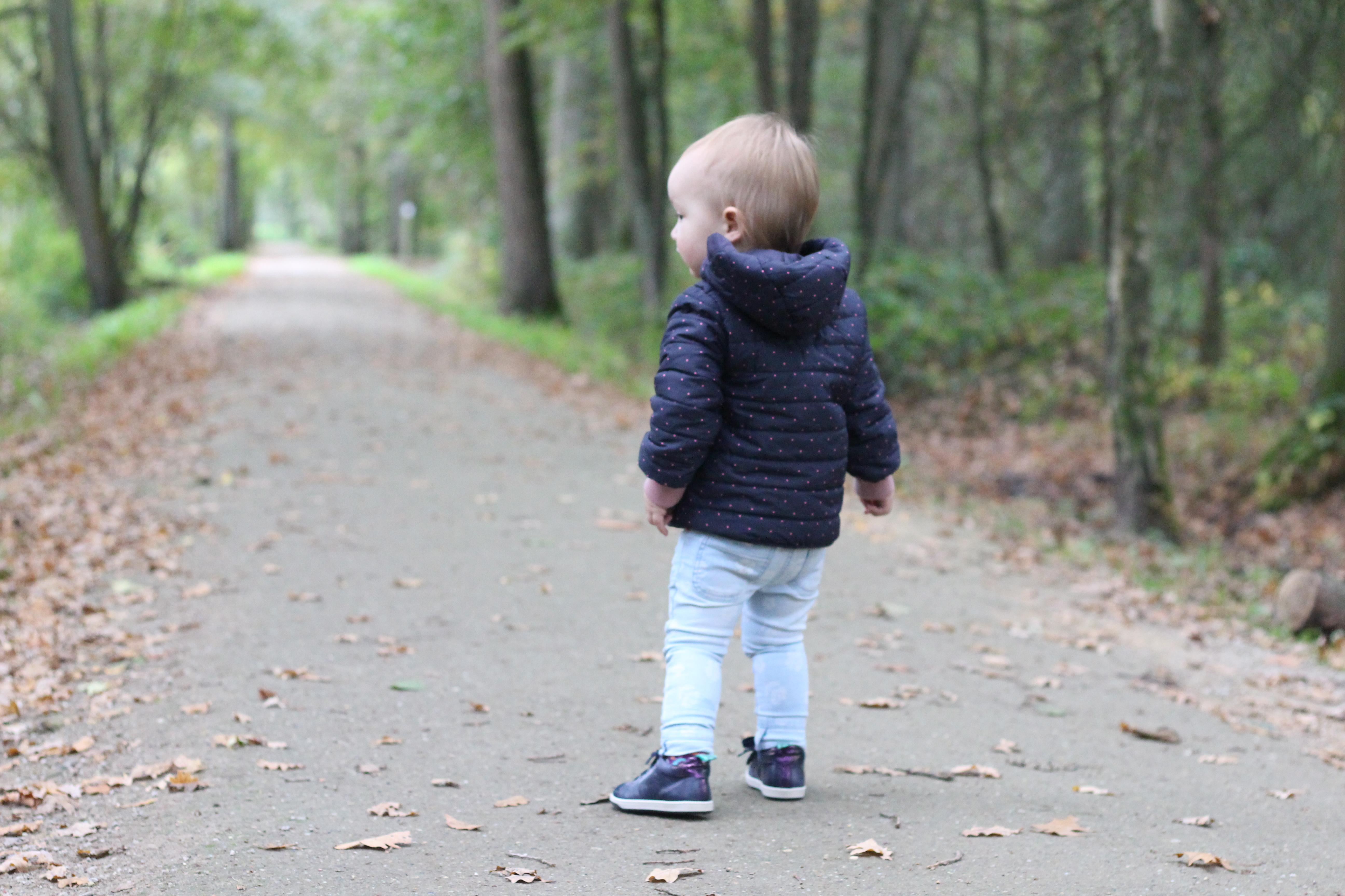 peuter leren lopen
